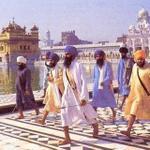 1984 - Bhindranwale - With - Entourage