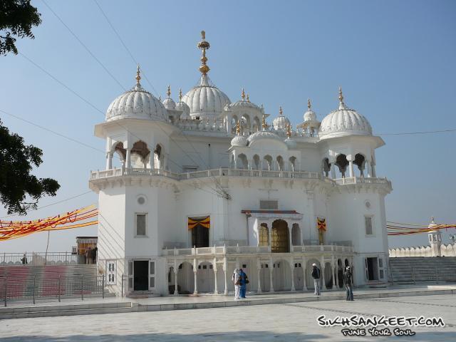 Takht Sri Kesh Garh Sahib 85