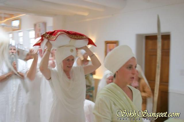 Guru Maharaj King of Kings
