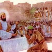 Guru Har Rai Ji giving the royal physician a medicine for Dara Shikohs cure.jpg